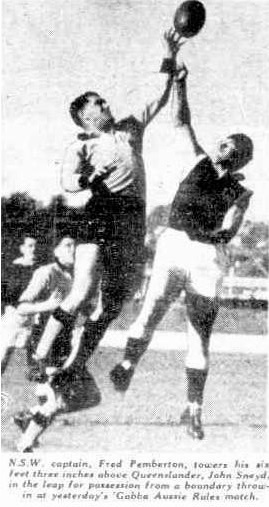 1954 NSW v Queensland newspaper image of NSW captain Fred Pemberton contesting a hitout